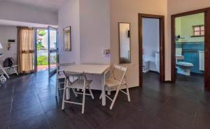 Casa Rossa, Bed and breakfasts  Monreale - big - 23