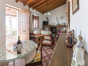 Holiday home Cuesta Robano, Nyaralók  Sayalonga - big - 14