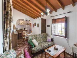 Holiday home Cuesta Robano, Nyaralók  Sayalonga - big - 7