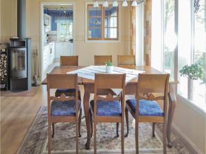 Holiday home Bokholmen Ljungby, Holiday homes  Norra Rataryd - big - 11