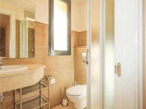 Two-Bedroom Apartment in Calahonda, Mijas Costa, Apartmány  Sitio de Calahonda - big - 2