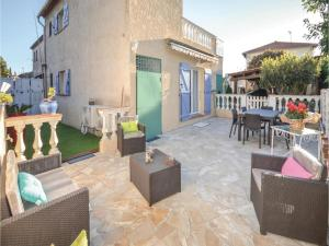 One-Bedroom Holiday Home in Antibes