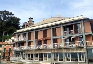 Hotel Residence Maggiore - AbcAlberghi.com