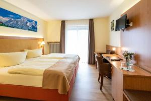 Hotel Garni Brunnthaler, Отели  Гармиш-Партенкирхен - big - 5