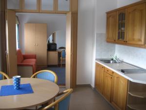 Leier Business Hotel, Aparthotels  Gönyů - big - 28