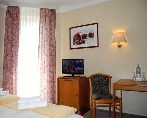 Hotel Pension Kühne, Penzióny  Boltenhagen - big - 34