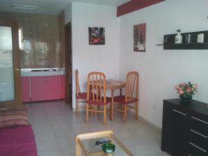 Apartamentos Ocaña, Apartments  Cala de Finestrat - big - 22