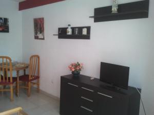 Apartamentos Ocaña, Apartments  Cala de Finestrat - big - 21