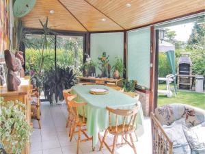 Holiday home Rue De L'Armor, Nyaralók  Lanvollon - big - 2