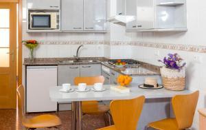 Apartaments Els Llorers, Апарт-отели  Льорет-де-Мар - big - 5