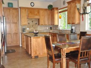 Dalton Ranch - 73 Red Cliff Road, Case vacanze  Durango - big - 4