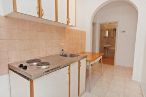 Apartment Vrsi - Mulo 5796c, Apartmány  Vrsi - big - 4