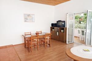 Apartment Vrsi - Mulo 5796d, Apartmány  Vrsi - big - 10