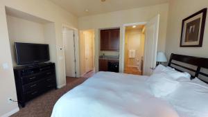 2 Bedroom Villa in La Quinta, CA (#LV215), Vily  La Quinta - big - 21