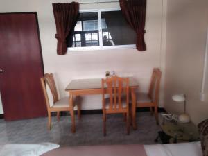 Stefan's Guesthouse, Penziony  Jomtien - big - 49