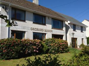Orchard Manor