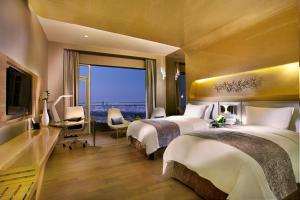 Wyndham Grand Qingdao, Hotels  Huangdao - big - 5