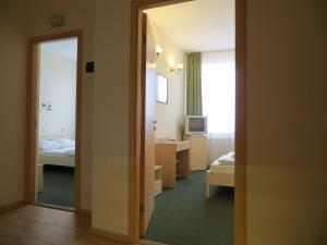 Korona Hotel, Hotely  Samara - big - 6