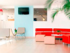 ibis Istres Trigance, Hotely  Istres - big - 40