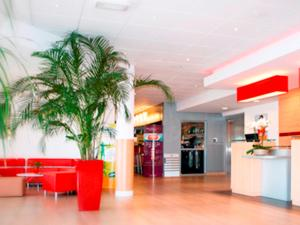 ibis Istres Trigance, Hotely  Istres - big - 34
