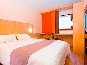 ibis Istres Trigance, Hotely  Istres - big - 3
