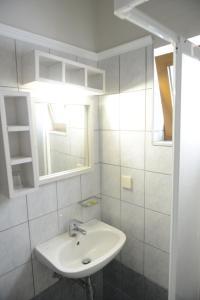 Sunbeam, Hotels  Agios Nikolaos - big - 9