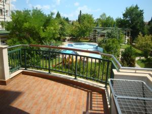 Emerald Beach Resort & SPA CTS, Appartamenti  Ravda - big - 90