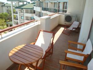 Emerald Beach Resort & SPA CTS, Appartamenti  Ravda - big - 86