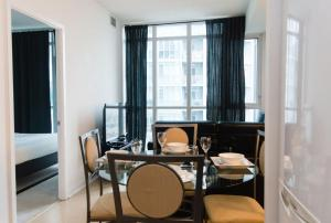 N2N Suites - Downtown City Suite, Ferienwohnungen  Toronto - big - 16