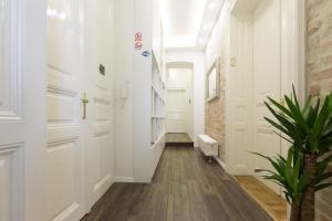 Aurelia Antik apartments & rooms, Guest houses  Zagreb - big - 6