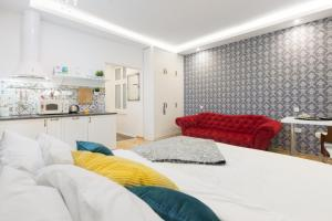 Aurelia Antik apartments & rooms, Guest houses  Zagreb - big - 10