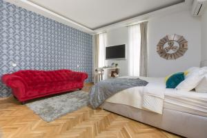 Aurelia Antik apartments & rooms, Guest houses  Zagreb - big - 9