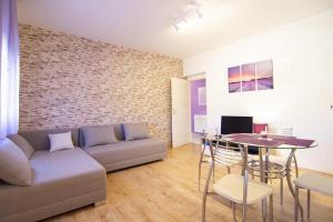 Apartment Gustirna 11703a, Apartmány  Marina - big - 9