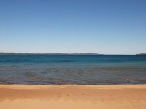 The Beach Condominium Hotel Resort, Aparthotels  Traverse City - big - 3