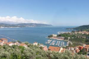 il 23 Holiday Home, Holiday homes  La Spezia - big - 53