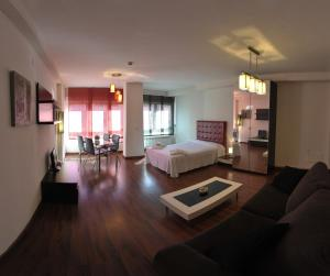 Apartamentos Turisticos Veladiez, Ferienwohnungen  La Lastrilla - big - 8