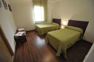 Apartamentos Turisticos Veladiez, Ferienwohnungen  La Lastrilla - big - 6