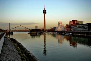 Innside by Meliá Düsseldorf Hafen, Hotely  Düsseldorf - big - 22