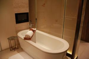 Twelve at Hengshan, A Luxury Collection Hotel, Shanghai, Hotel  Shanghai - big - 20