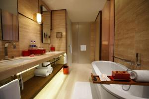 Twelve at Hengshan, A Luxury Collection Hotel, Shanghai, Hotel  Shanghai - big - 18