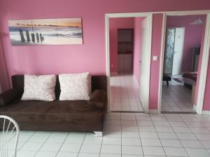 Tarr Apartmanok, Penziony  Keszthely - big - 37