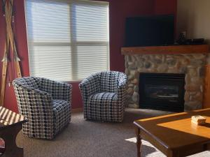 Mountain Legacy - Silver Star Stays, Apartments  Silver Star - big - 12