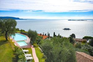 La Villa Fasano, Apartmánové hotely  Gardone Riviera - big - 73