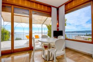 La Villa Fasano, Apartmánové hotely  Gardone Riviera - big - 148