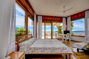 La Villa Fasano, Apartmánové hotely  Gardone Riviera - big - 146