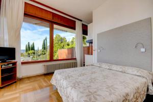 La Villa Fasano, Apartmánové hotely  Gardone Riviera - big - 119