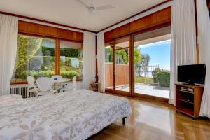 La Villa Fasano, Apartmánové hotely  Gardone Riviera - big - 117