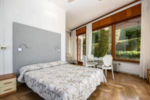 La Villa Fasano, Apartmánové hotely  Gardone Riviera - big - 116