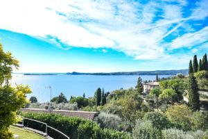La Villa Fasano, Apartmánové hotely  Gardone Riviera - big - 114