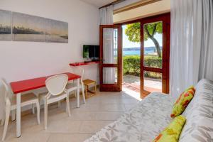 La Villa Fasano, Apartmánové hotely  Gardone Riviera - big - 111